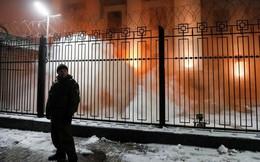 Căng thẳng leo thang: ĐSQ Nga ở Kiev bị tấn công, an ninh siết chặt sau vụ đụng độ trên biển Đen