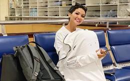 Ảnh hưởng bão số 9: H'Hen Niê co ro trú mưa ở sân bay, Mỹ Tâm hủy lịch giao lưu với fan