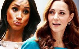 """Tiết lộ mới gây sốc về việc Meghan đang nắm giữ """"điều bí mật"""" này khiến Harry nổi giận, chị dâu Kate thì """"hoảng sợ"""""""