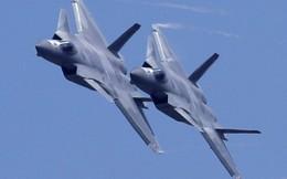 """Không quân Mỹ sẽ """"tan nát"""" trước cú đánh thâm hiểm của Trung Quốc?"""