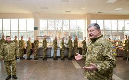 """Tổng thống Poroshenko: """"Sa hoàng"""" Putin muốn chiếm Ukraine để phục hồi Đế quốc Nga"""