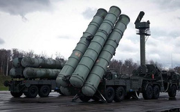 """Cảnh báo S-300 sẽ đè bẹp """"kẻ gây hấn"""" ở Syria, Nga ngầm """"chỉ mặt"""" Israel?"""
