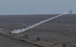 24h qua ảnh: Quân đội Ukraine phóng tên lửa phòng không gần biên giới Nga