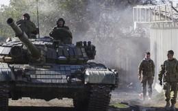 Căng thẳng tột độ: TT Poroshenko tung bằng chứng xe tăng Nga dồn dập kéo về biên giới Ukraine