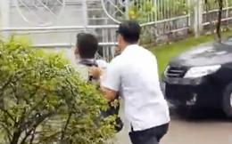 """Phóng viên bị xô khỏi nơi tiếp xúc dân và câu trả lời của lãnh đạo TP HCM về """"vùng cấm báo chí"""""""