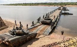 """Bạn đồng hành """"như hình với bóng"""" của xe tăng Việt Nam: Từ T-54 tới T-90"""