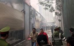 Vụ cháy xưởng ô tô gần VFF: Hàng trăm m2 nhà xưởng bị thiêu rụi