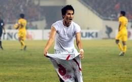 """""""Công Vinh bảo, chấn thương gãy chân cũng phải đá, cố gắng vô địch AFF Cup 2008"""""""