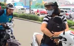 Cảnh sát giải cứu tên cướp giật dây chuyền rồi kẹt trong cống ở Sài Gòn