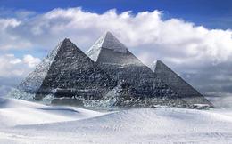 Đại kim tự tháp Giza cũng từng trắng sáng chói lóa, khác hẳn với ngày nay