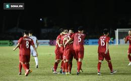 Kéo dài chuỗi bất bại lên con số 13, Việt Nam nhận lời ca ngợi của báo châu Á