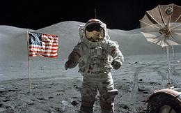 """Chi 2,6 tỷ USD để quay trở lại Mặt Trăng, NASA đang """"ủ mưu"""" gì?"""