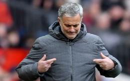 """Khi """"cái hang"""" cuối cùng bị đập vỡ, Mourinho cuối cùng đã chạm đến 2 chữ """"hết thời"""""""