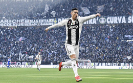 """Ronaldo lập cú đúp, """"Lão bà"""" vẫn suýt ôm hận nếu không được VAR giải cứu phút 90+2"""