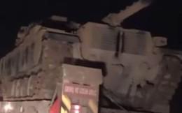 Xe tăng, đạn pháo Thổ Nhĩ Kỳ rầm rập áp sát Syria: Chờ giờ nổ súng