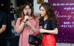 Hương Tràm ôm fan, bật khóc trên phố đi bộ Hà Nội