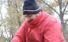 Video người đàn ông chặt gạch bằng tay không 'ngọt' hơn dao