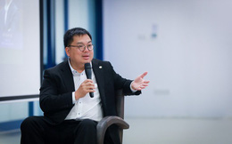 """Chủ tịch FPT Software Hoàng Nam Tiến: """"Phụ nữ 30 tuổi chưa kết hôn, không sao cả, có thể kết hôn ở tuổi 40"""""""