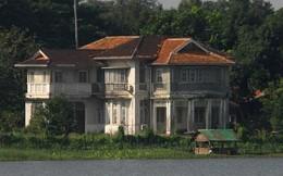 Biệt thự của nữ chính trị gia Myanmar San Suu Kyi bị ném bom xăng