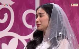 Hòa Minzy bật khóc khi bị nhắc về quá khứ với Công Phượng