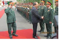 Thủ tướng thăm và làm việc với Bộ Tư lệnh Quân khu 5