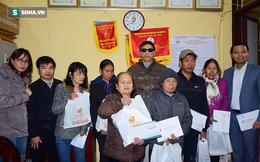 Tết người mù nghèo: 'Chúng tôi không bị bỏ lại, cảm thấy tự tin hơn'