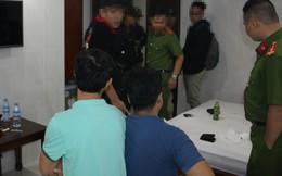 Kiểm tra đồng loạt 10 khách sạn, phát hiện nhiều đôi nam nữ nghi phê ma túy