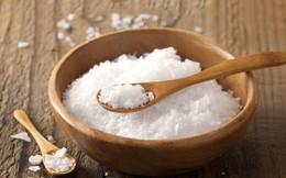 Vì sao đầu năm người ta thường mua muối còn cuối năm phải mua vôi?