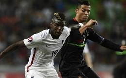 """Ronaldo đột ngột giúp Mourinho """"gỡ rối"""" vụ Pogba"""