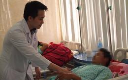 Tai nạn trong ao nuôi tôm, 3 người đàn ông mất hết da ở bộ phận sinh dục