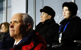 """""""Công chúa"""" Nhà Trắng và cựu trùm trinh sát Triều Tiên chạm mặt?"""