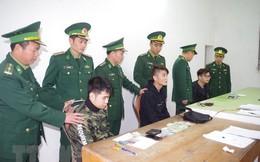 Tạm giữ ba người Trung Quốc dùng thẻ ATM giả để chiếm đoạt tiền
