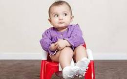 Táo bón ở trẻ nhỏ: Tuyệt đối không dừng thuốc đột ngột