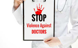 Bạo hành nhân viên y tế, bao giờ chấm dứt?