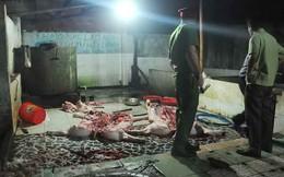 Đi kiểm tra chợ, chủ tịch huyện bị nữ tiểu thương hắt tiết lợn vào người
