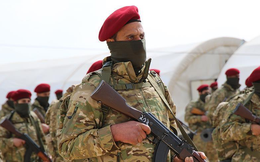 """""""Binh đoàn Diều hâu"""" người Kurd xuất kích, sẵn sàng nã đạn vào đồng bào theo lệnh Ankara?"""