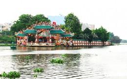 Ngôi miếu hơn 300 tuổi 'đeo' trên mình 100 con rồng giữa lòng sông Sài Gòn