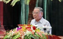 Sức khỏe của nguyên Thủ tướng Phan Văn Khải có khá hơn nhưng vẫn đang phải thở máy