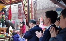 Đình chỉ cán bộ kho bạc đi lễ chùa trong giờ làm