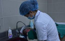 Khi nhiệt độ xuống thấp có nên tắm cho trẻ sơ sinh?