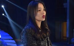 Sau tin đồn thu nhập gần 70 tỷ đồng một năm, Lệ Quyên say sưa tập hát