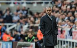 """""""Pháo đài"""" yếu nhất Premier League sẽ đập tan hi vọng của Man United?"""