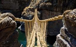 Những cây cầu cheo leo khiến du khách thót tim, vừa đi vừa run nhưng vẫn muốn thử một lần trong đời