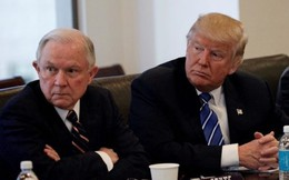 Căng thẳng gia tăng giữa Tổng thống Trump và Bộ trưởng Tư pháp Mỹ