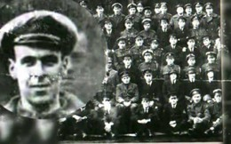 Thợ máy qua đời rồi vẫn xuất hiện bí ẩn trong bức ảnh của Hải quân Anh