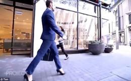 Nghe lời khuyên của nữ đồng nghiệp, người đàn ông đi thử giày cao gót tới công ty và nghiện lúc nào không hay