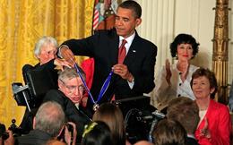 Thiên tài vật lý hàng đầu thế giới - Stephen Hawking: Ông là ai?