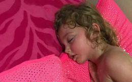 Bị say nắng nguy kịch ngay khi nằm ngủ trong nhà, trường hợp của cô bé này là lời cảnh báo cho nhiều người