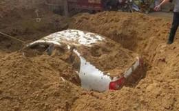 Người đàn ông đem cả chiếc xe ô tô ra sân chôn và sự thật đáng lên án phía sau