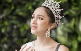 """Hoa hậu Hương Giang """"sởn da gà"""" đọc thư fan: Nhờ chị mà gia đình chấp nhận giới tính thật của em"""